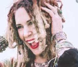 Amanda-Abizaid